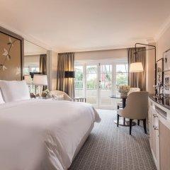 Отель Four Seasons Los Angeles at Beverly Hills 5* Номер Premier с различными типами кроватей фото 5