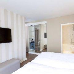 Отель NH Rex 4* Стандартный номер с различными типами кроватей фото 3