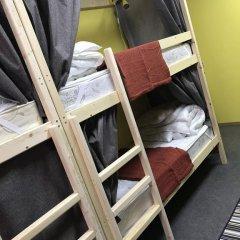 Хостел Медовый Кровать в мужском общем номере с двухъярусными кроватями фото 11
