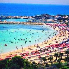 Отель Tsokkos Holiday Hotel Apartments Кипр, Айя-Напа - 1 отзыв об отеле, цены и фото номеров - забронировать отель Tsokkos Holiday Hotel Apartments онлайн пляж