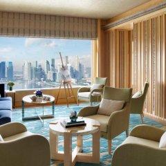 Отель The Ritz-Carlton, Millenia Singapore 5* Люкс Premier с двуспальной кроватью фото 4
