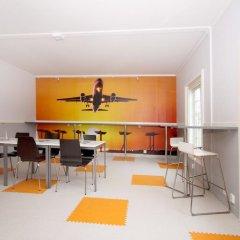 Airport Motel & Apartment Hostel в номере
