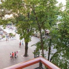 Гостиница Роял Стрит Украина, Одесса - 9 отзывов об отеле, цены и фото номеров - забронировать гостиницу Роял Стрит онлайн балкон