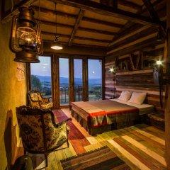 Отель Cob camp Ихтиман комната для гостей фото 5
