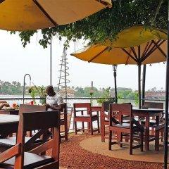 Отель Thumbelina Apartments & Hotel Шри-Ланка, Бентота - отзывы, цены и фото номеров - забронировать отель Thumbelina Apartments & Hotel онлайн питание фото 3