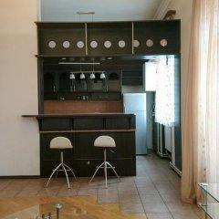 Апартаменты Rent in Yerevan - Apartment on Mashtots ave. гостиничный бар