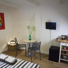 Отель Kuwadro B&B Amsterdam Jordaan комната для гостей фото 3