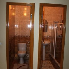 Гостиница Guest house KTO в Анапе отзывы, цены и фото номеров - забронировать гостиницу Guest house KTO онлайн Анапа ванная