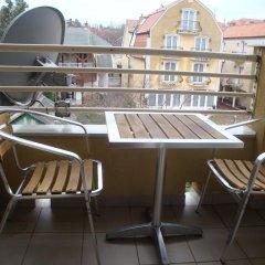 Отель HOLIV Apartman балкон