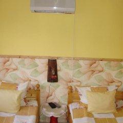 Отель Bonevi Guest House Болгария, Боженци - отзывы, цены и фото номеров - забронировать отель Bonevi Guest House онлайн комната для гостей фото 5