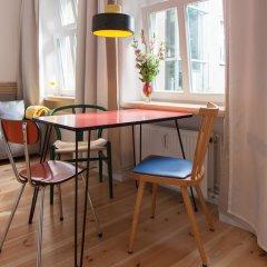 Апартаменты Sunny Boutique Studio Apartment комната для гостей фото 3