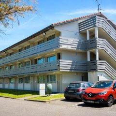 Отель Campanile Toulouse Sesquieres Франция, Тулуза - 1 отзыв об отеле, цены и фото номеров - забронировать отель Campanile Toulouse Sesquieres онлайн парковка