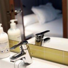 Отель Hostal Nitzs Bcn Стандартный номер с различными типами кроватей