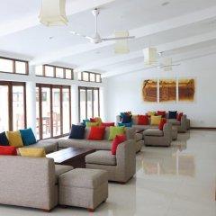 Отель Lakeside At Nuwarawewa Анурадхапура комната для гостей фото 5