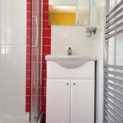 Acton Town Hotel ванная фото 2