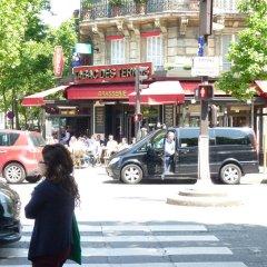 Отель Saint Cyr Etoile Париж городской автобус