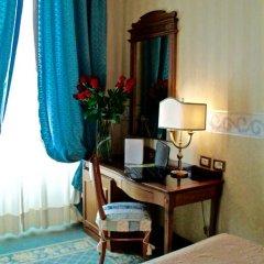 Hotel Giulio Cesare 4* Стандартный номер с двуспальной кроватью фото 10