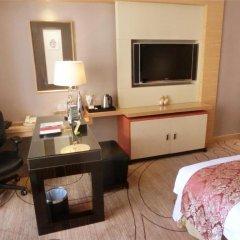 Baolilai International Hotel 5* Улучшенный номер с различными типами кроватей фото 2