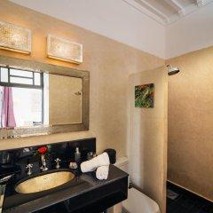 Отель Ночлег и завтрак Riad Star Марокко, Марракеш - отзывы, цены и фото номеров - забронировать отель Ночлег и завтрак Riad Star онлайн ванная
