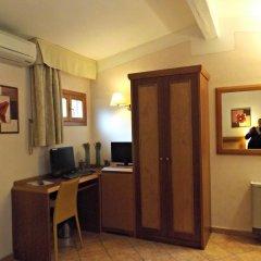 Hotel Mia Cara 3* Номер категории Эконом с различными типами кроватей фото 5