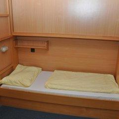 Eduard-heinrich-haus - Hostel Кровать в мужском общем номере фото 3