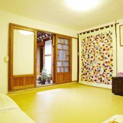 Отель Mumum Hanok Guesthouse комната для гостей фото 5