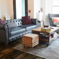 HighRoad Hostel DC Кровать в мужском общем номере с двухъярусной кроватью фото 2
