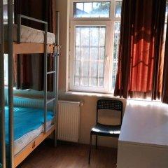 Kevin's Hostel Кровать в общем номере двухъярусные кровати фото 3