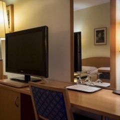 Corvin Hotel Budapest - Sissi wing 3* Улучшенный номер с различными типами кроватей фото 3