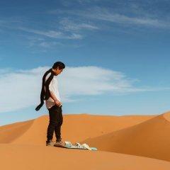 Отель Dune Merzouga Camp Марокко, Мерзуга - отзывы, цены и фото номеров - забронировать отель Dune Merzouga Camp онлайн спортивное сооружение