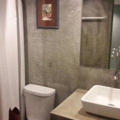 Отель Surachet at 257 Boutique House 2* Стандартный номер с 2 отдельными кроватями фото 5