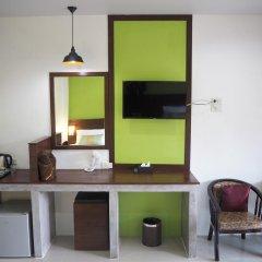Отель Hatzanda Lanta Resort 3* Номер Делюкс фото 7