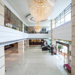 Huashi Hotel интерьер отеля