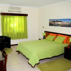 Hotel A Cegonha комната для гостей