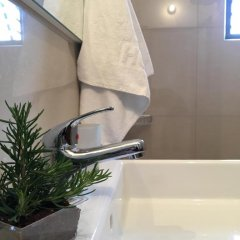 Отель Villa White Албания, Ксамил - отзывы, цены и фото номеров - забронировать отель Villa White онлайн ванная фото 2
