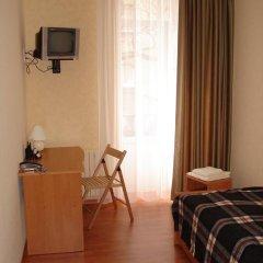 Эконом Отель Стандартный номер разные типы кроватей фото 7