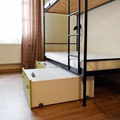 Little Quarter Hostel Кровать в общем номере с двухъярусной кроватью фото 5