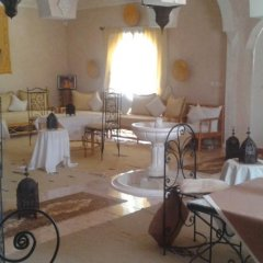 Отель Dar Loubna Марокко, Уарзазат - отзывы, цены и фото номеров - забронировать отель Dar Loubna онлайн интерьер отеля фото 2