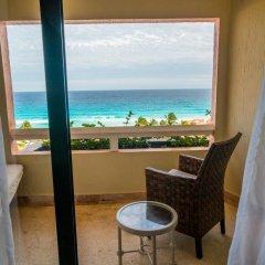 Отель Omni Cancun Hotel & Villas - Все включено Мексика, Канкун - 1 отзыв об отеле, цены и фото номеров - забронировать отель Omni Cancun Hotel & Villas - Все включено онлайн балкон