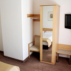 Olympia Hotel Zurich 3* Стандартный номер с двуспальной кроватью фото 8