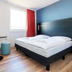 Отель A&O Prague Rhea 3* Стандартный номер с 2 отдельными кроватями фото 3
