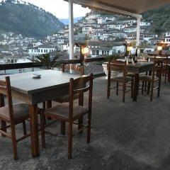 Отель Guesthouse Arben Elezi Албания, Берат - отзывы, цены и фото номеров - забронировать отель Guesthouse Arben Elezi онлайн питание фото 3