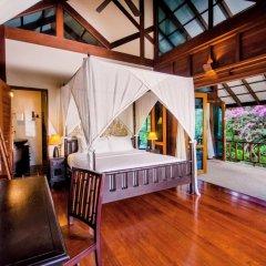 Отель Koh Jum Beach Villas 4* Вилла с различными типами кроватей фото 3