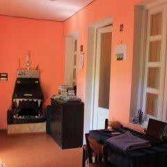 Отель Hostel Old City Sololaki Грузия, Тбилиси - отзывы, цены и фото номеров - забронировать отель Hostel Old City Sololaki онлайн интерьер отеля
