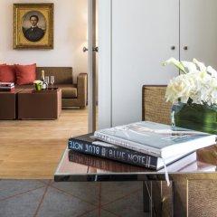 Hotel de Sers-Paris Champs Elysees 5* Улучшенный номер с различными типами кроватей фото 9