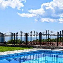 Отель Villa Gioia del Sole Болгария, Балчик - отзывы, цены и фото номеров - забронировать отель Villa Gioia del Sole онлайн бассейн фото 3