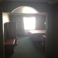 Отель Crystal Inn Suites & Spas 2* Стандартный номер с различными типами кроватей фото 5