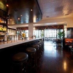 Отель SIXTY Beverly Hills гостиничный бар