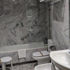 Hotel Silken Torre Garden 3* Стандартный номер с разными типами кроватей фото 11