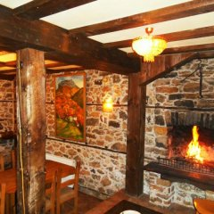 Отель Guest House The Jolly House Болгария, Чепеларе - отзывы, цены и фото номеров - забронировать отель Guest House The Jolly House онлайн интерьер отеля